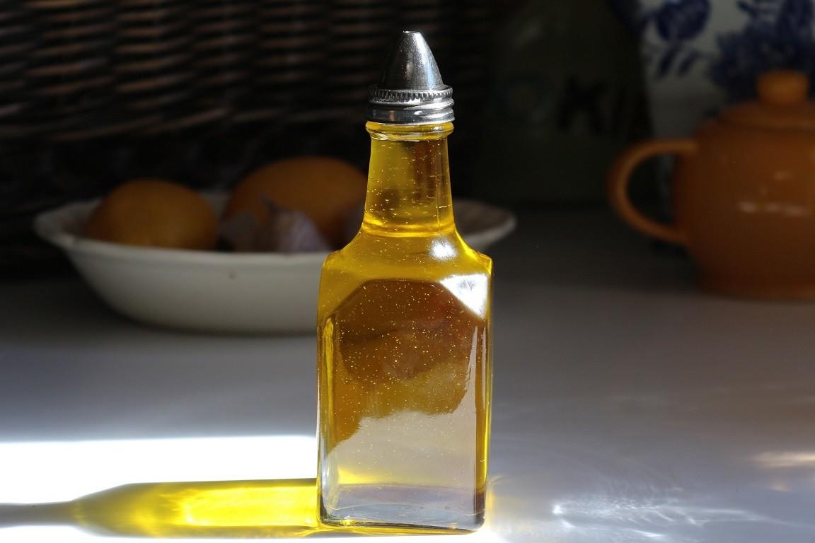Sonnenblumenöl oder Rapsöl